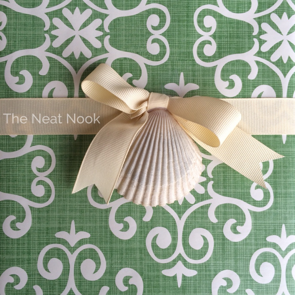 Seashell Gift Topper