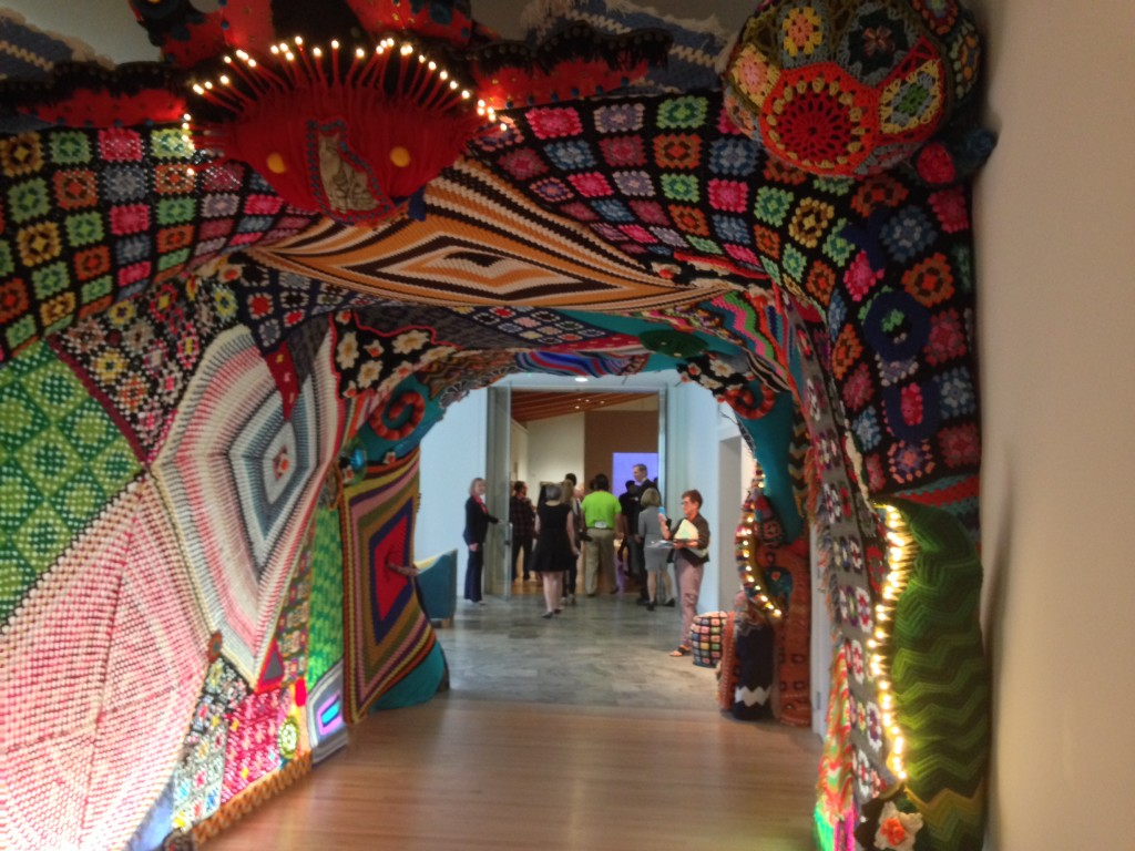 crochet tunnel
