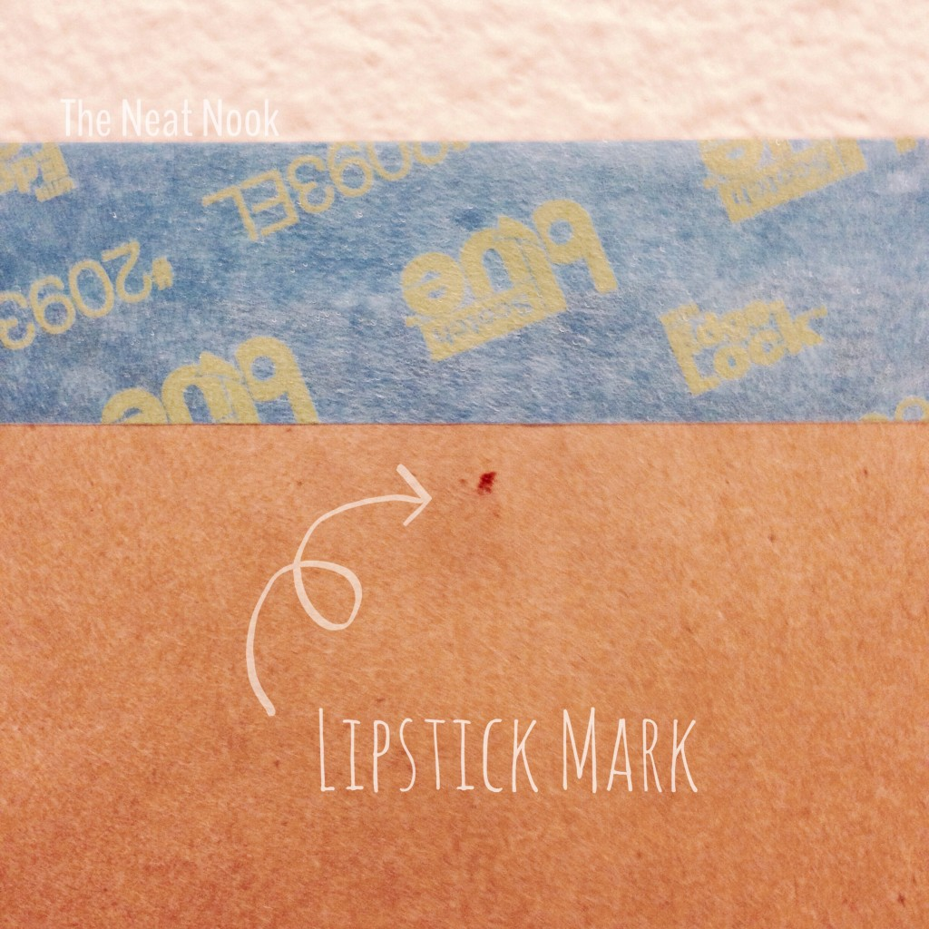 Hanging Picture Tip with Lipstick Mark