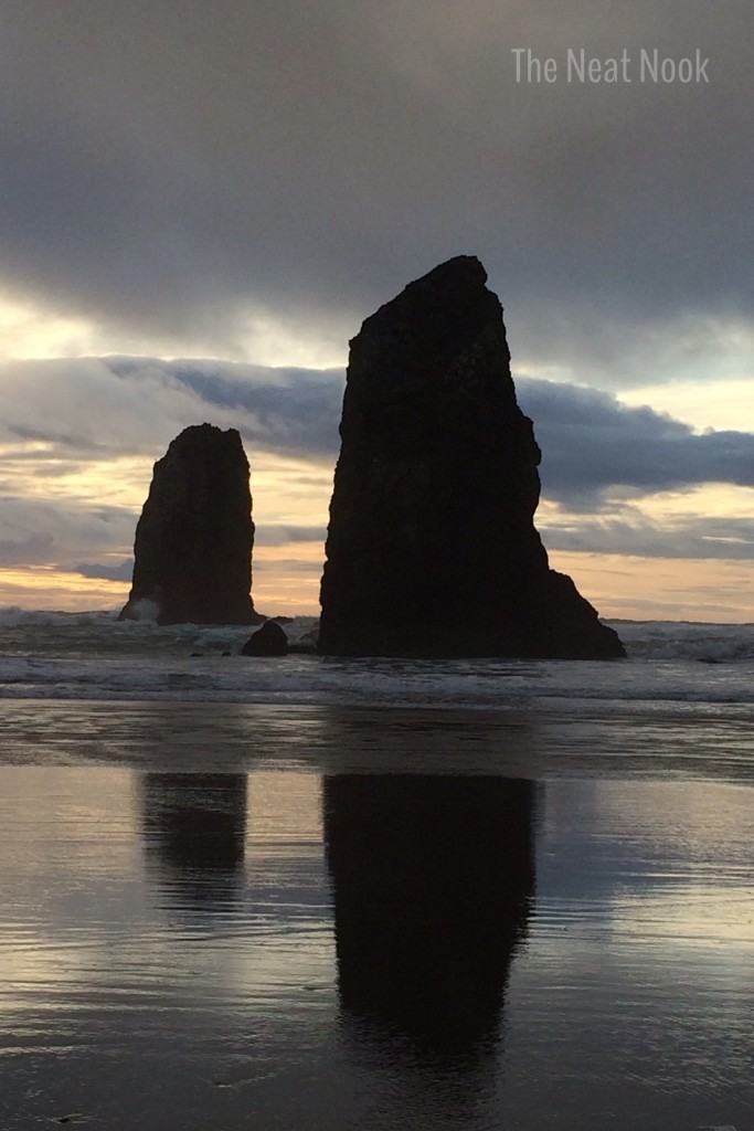 cannon beach sunset_rocks