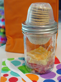 Mason jar lunch box trick