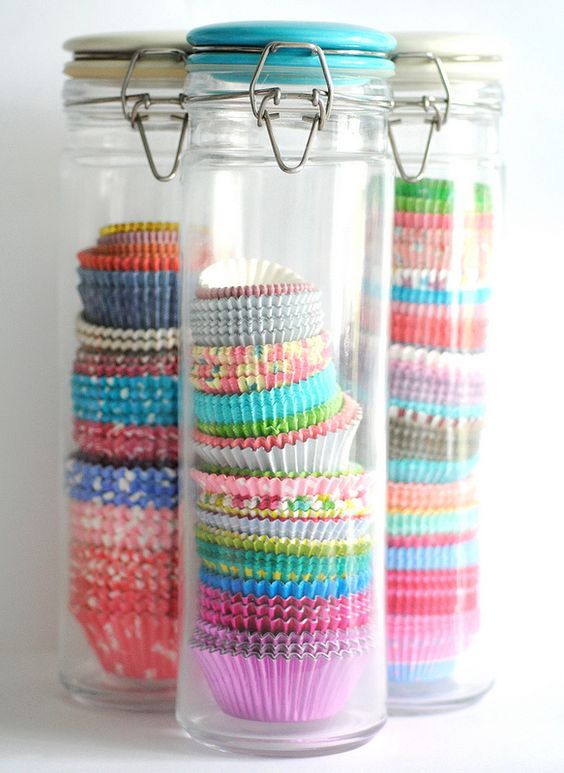 cupcake-liners-in-a-jar